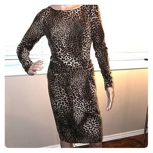 Cache a knitted cheetah print long sleeve dress